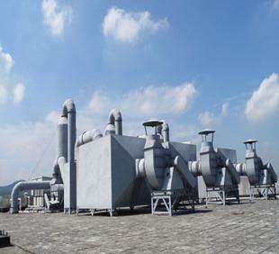 自動車部品工場が塗装作業場の排気処理工事の事例