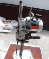 供应8寸/10寸裁剪机/电剪刀/服装裁剪机服装电剪刀金硕缝纫设备;