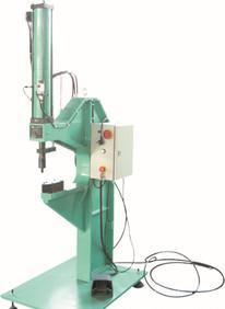供給の良質なカシメ設備を供給して液体の与圧式のカシメ機を液体にしてカシメしてカシメ