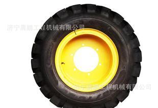 优质装载机用轮胎批发 山东晨鹏工程机械配件厂经销各规格轮胎;