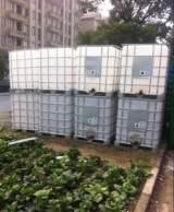 销售二手塑料吨桶 二手塑料运输桶 二手集装箱桶批发厂家;