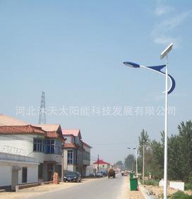 按客户要求加工定制 广场路灯 照明 道路太阳能路灯;