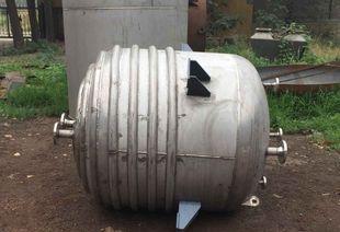 专业生产不锈钢储罐、冷凝器、搪瓷反应釜,及化工设备配件;
