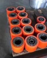上海聚氨酯工廠聚氨酯輸送滾輪橡膠加工生產有弧度聚氨酯橡膠產品;
