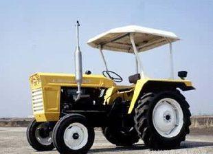 供应质优价廉的山东泰山拖拉机集团有限公司的拖拉机;