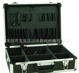 专业工具箱 铝合金工具箱 广东铝箱 工具箱 工具包 工具箱 铝合金;