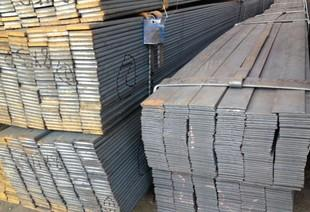 供应优质热轧扁钢Q235材质 优质钢坯 品质保证;