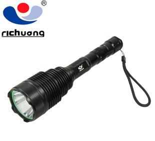 A genuine XML T6 super light T6 rechargeable flashlight for self-defense from long-range King
