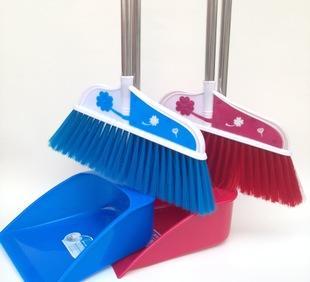 厂家直销新款家用塑料扫把簸箕套装软毛易清洁 时尚扫帚爆款;