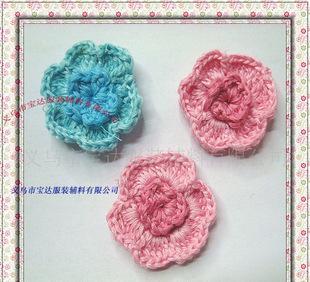 供应手勾花朵加工 钩针毛线花 手工编织毛线花朵