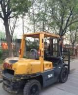 供应二手进口物流设备搬运叉车 5吨二手TCM内燃式叉车;