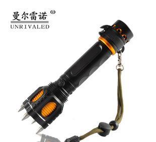 2014年爆款来袭 V8-T6防身手电筒 带警笛带割刀;