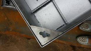加工定制不锈钢井盖 方井盖 圆井盖 钢格板 不锈钢加工工艺;